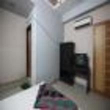 Hotel Paras Residency in Bavla