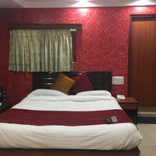 Hotel Parash New (a Complete Family Hotel) in Morthala