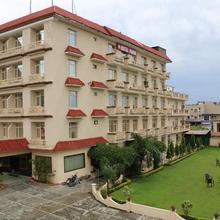 Hotel Parin Katra in Dami