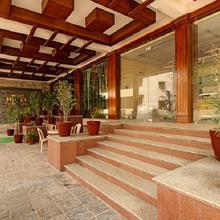 Hotel Park Avenue Sikar in Badwasi