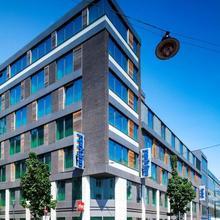Hotel Park Inn By Radisson Brussels Midi in Brussels