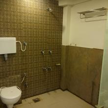 Hotel Park Inn in Rajkot