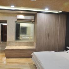 Hotel Park Regency in Sardarnagar