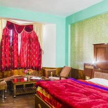 Hotel Park Residency in Haripur