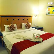 Hotel Parsons Court in Dindigul
