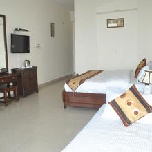 Hotel Pavilion in Dharda