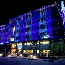 Hotel Pg Regency in Birwadi