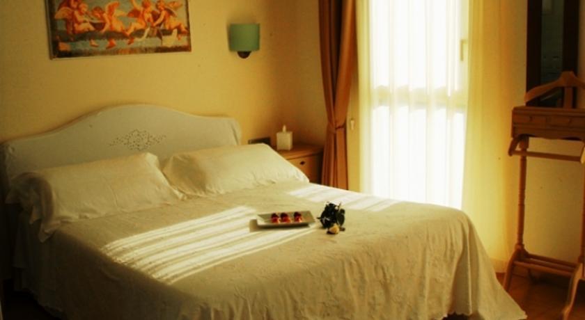 Hotel Piccolo Principe in Spinone Al Lago