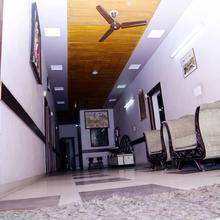 Hotel Pk in Meerut