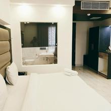 Hotel P.k. Residency in Ghaziabad