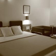 Hotel Platinum in Shapur
