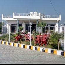 Hotel Poonam Mahal Khajuraho in Khajuraho