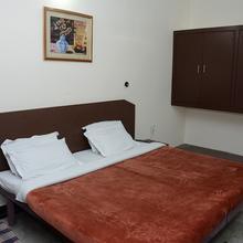 Hotel Pramila in Raiwala