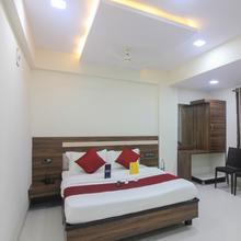 Hotel Pranava Deluxe in Navi Mumbai