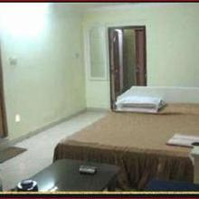 Hotel Pratapaditya in Aiho