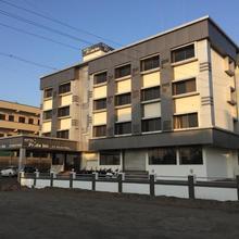 Hotel Pride Inn Shirdi in Shirdi