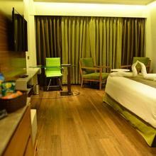 Hotel Pride Madhava in Vijayawada