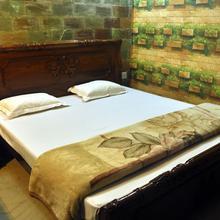 Hotel Prime Murti in Chalsa Mahabari