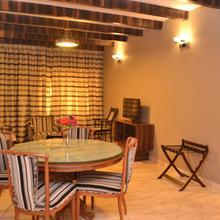 Hotel Prince in Bhuj