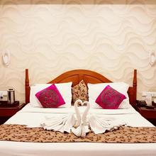 Hotel Punjab Palace in Raipur