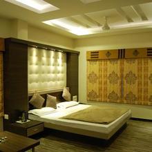 Hotel Purva in Indore