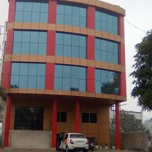 Hotel R A Residency in Manpur