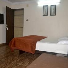 Hotel Rahil Plaza in Panchgani