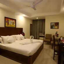 Hotel Rainbow in Ghaziabad