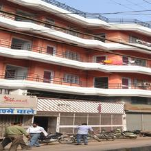 Hotel Raj in Chaukhandi