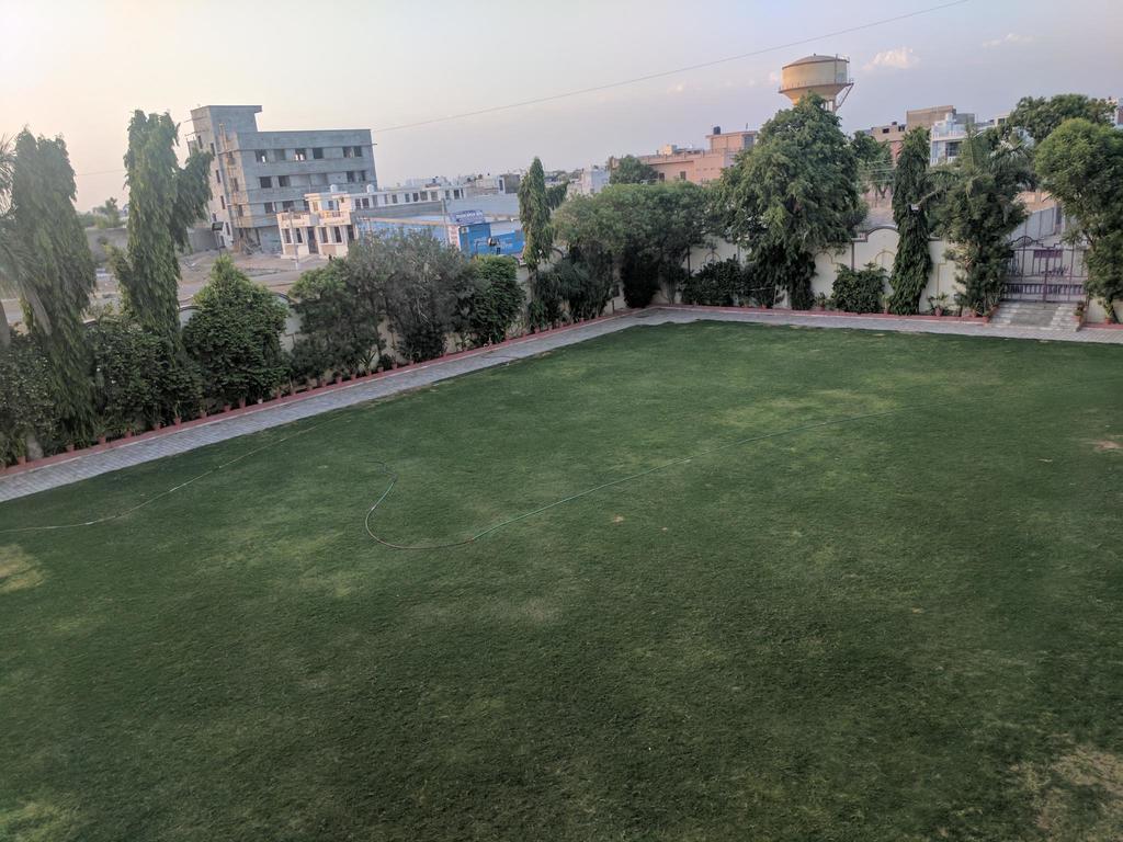 Hotel Raj Mahal in Piplaj