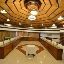 Hotel Rajhans Surajkund in Faridabad