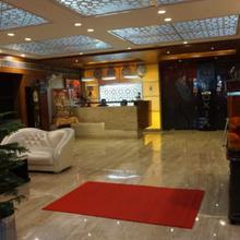 Hotel Rajmandir in Dhauj