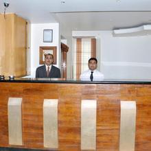 Hotel Rajsangam International in Gadag
