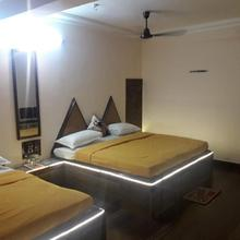 Hotel Rama Inn in Indore