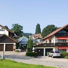 Hotel Rebekka mit Haus am Brühl in Schwand
