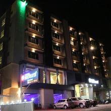 Hotel Reevanta in Vapi