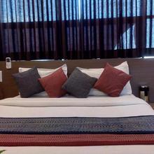 Hotel Relax Inn in Sanand