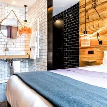 Hotel Restaurant Au Boeuf Couronné in Paris