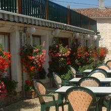 Hotel Restaurant Karina in Moulidars