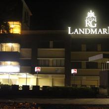 Hotel Rg Landmark in Bordi