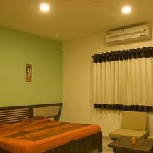 Hotel Rhythm Palace in Ratlam