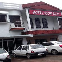 Hotel Richi Rich in Dehradun