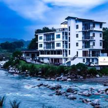Hotel River Retreat By Rivaa in Kangra