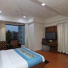 Hotel Riviera in Nashik