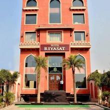 Hotel Riyasat in Ropar