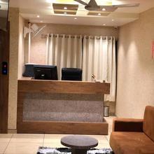 Hotel Riza in Kheralu