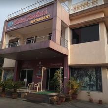 Hotel Roshni in Amboli