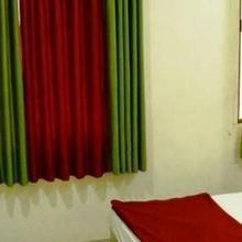 Hotel Royal Apple in Ahmedabad