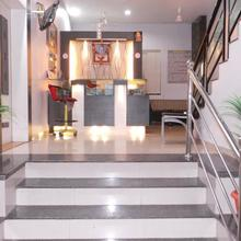 Hotel Royal Residency Executive in Miraj