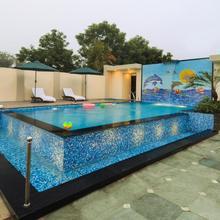 Hotel Royale Residency in Agra